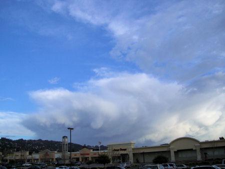 Mamulus Clouds