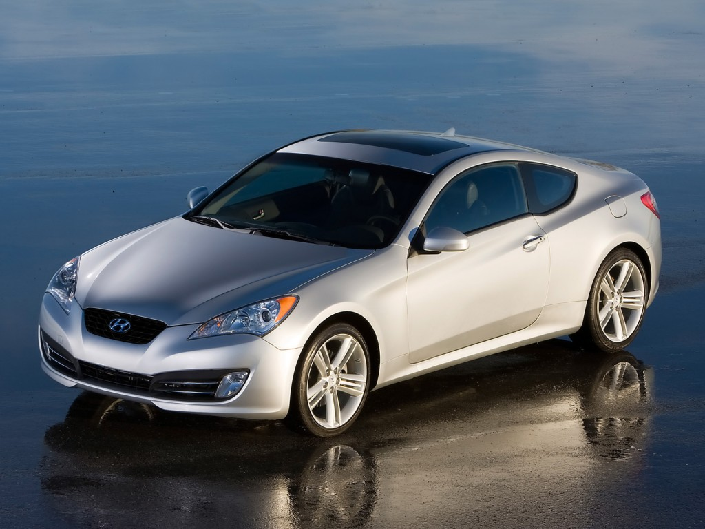 2010 Hyundai Genesis Coupe Top Photos