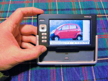 Nokia 770 showing the integrated hard case