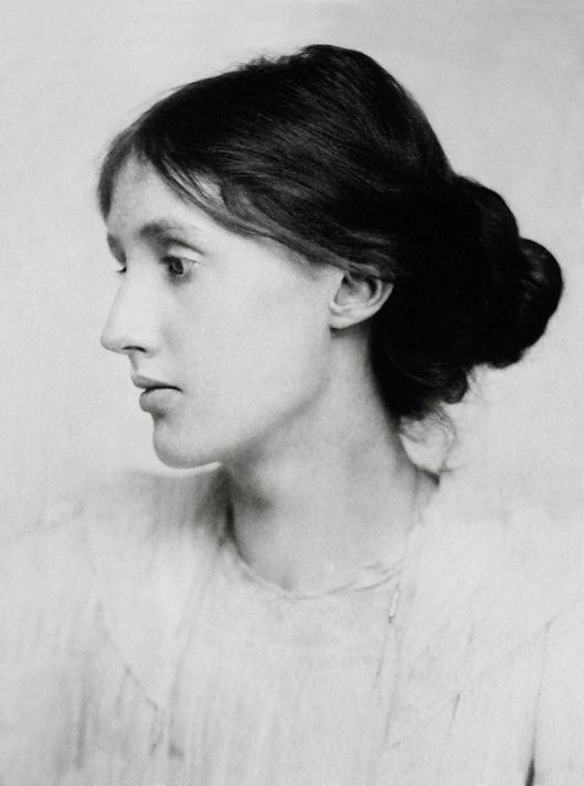 Virginia Woolf as a young woman