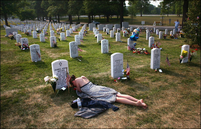 memorial_day_at_arlington_national_cemetery.jpg
