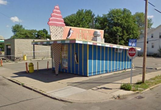 An takeout icecream parlor in Detroit, MI