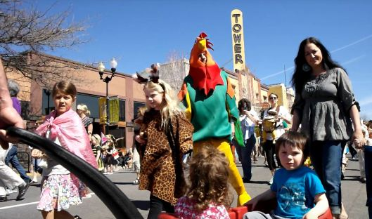 More kids in the Bend Oregon Earth Day Parade