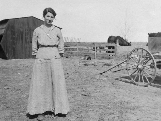 Bertha Lile (Aspinwall) Eidemiller Spring 1916