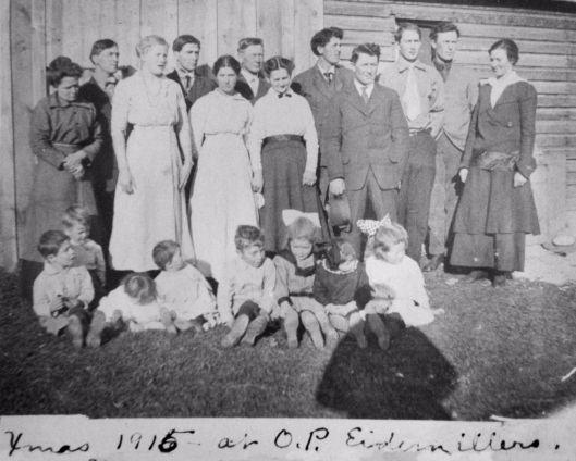 Eidemiller family 1915