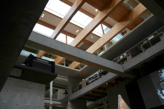 The skylight at the core illuminates the whole building.